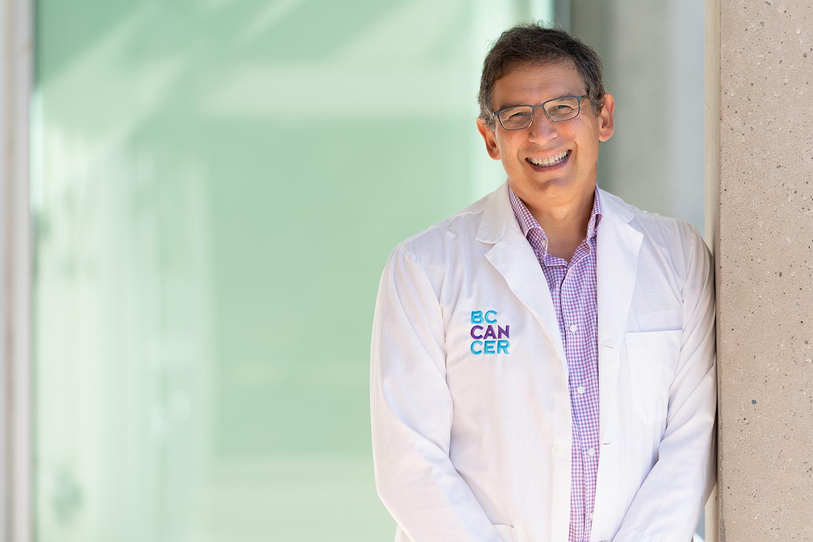Dr. Sam Aparacio