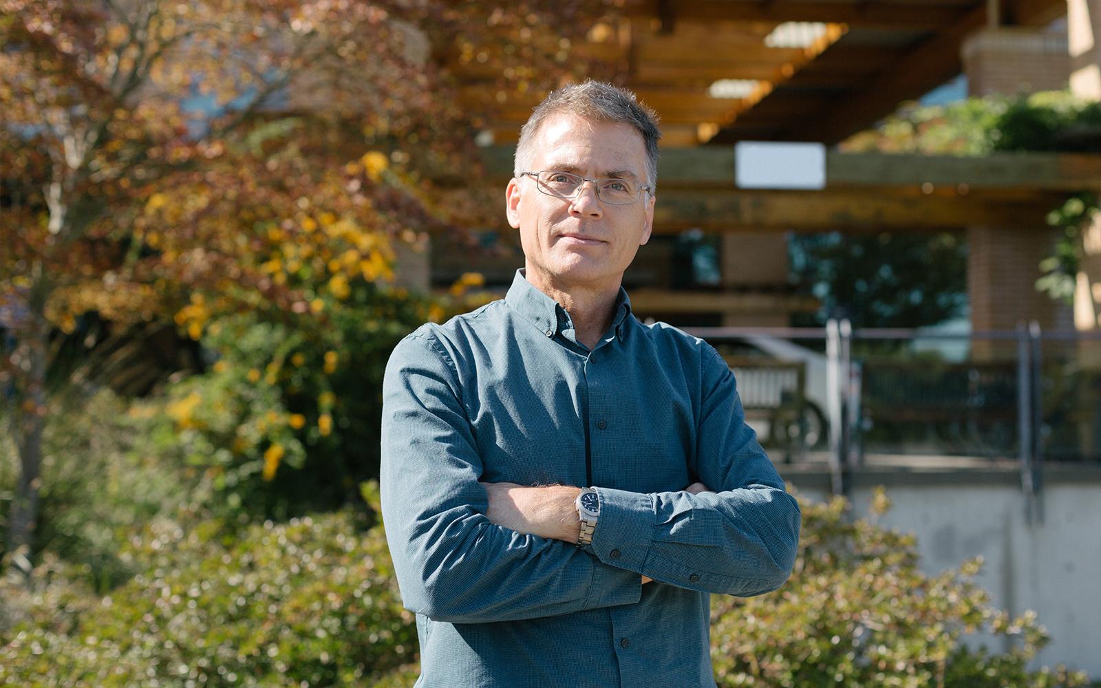 Dr. Brad Nelson